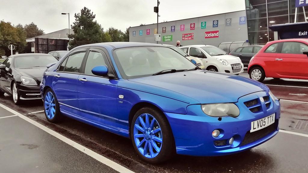 MG ZT 2005 blue