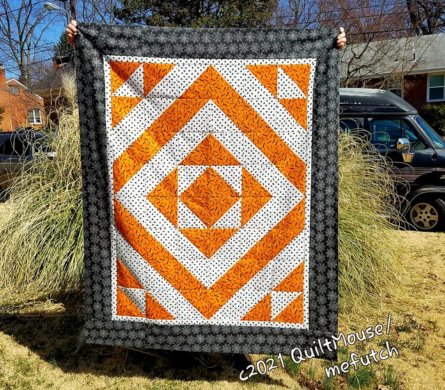 2021-03-21 Fabric Cafe Top. Kaleidoscope Pattern