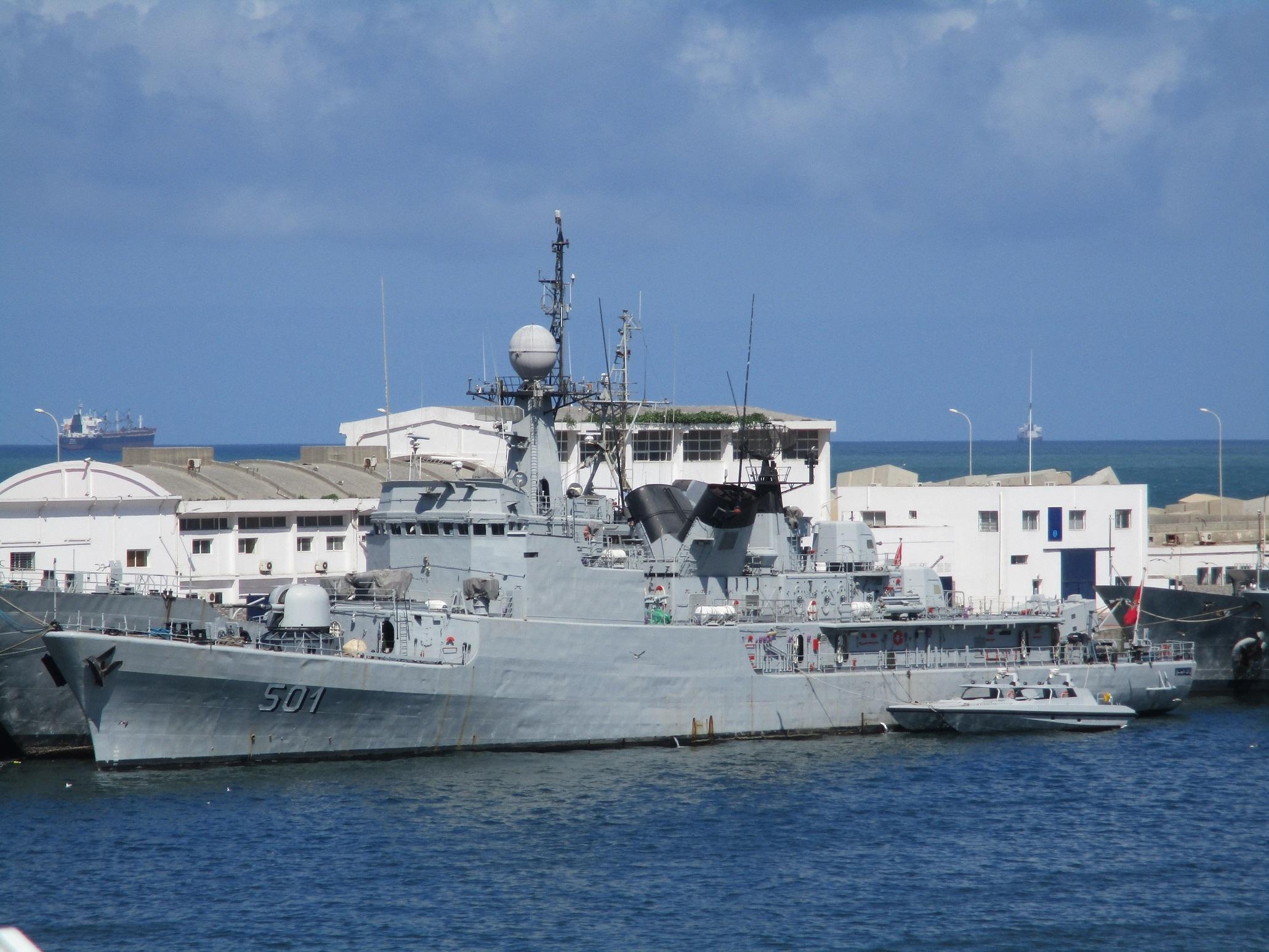 Royal Moroccan Navy Descubierta Frigate / Corvette Lt Cl Errahmani - Bâtiment École - Page 4 51061177066_a968a8ed3f_o_d