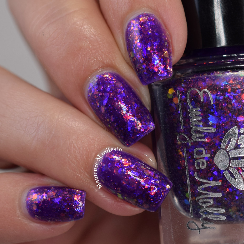Emily De Molly Might Be A Scene swatch