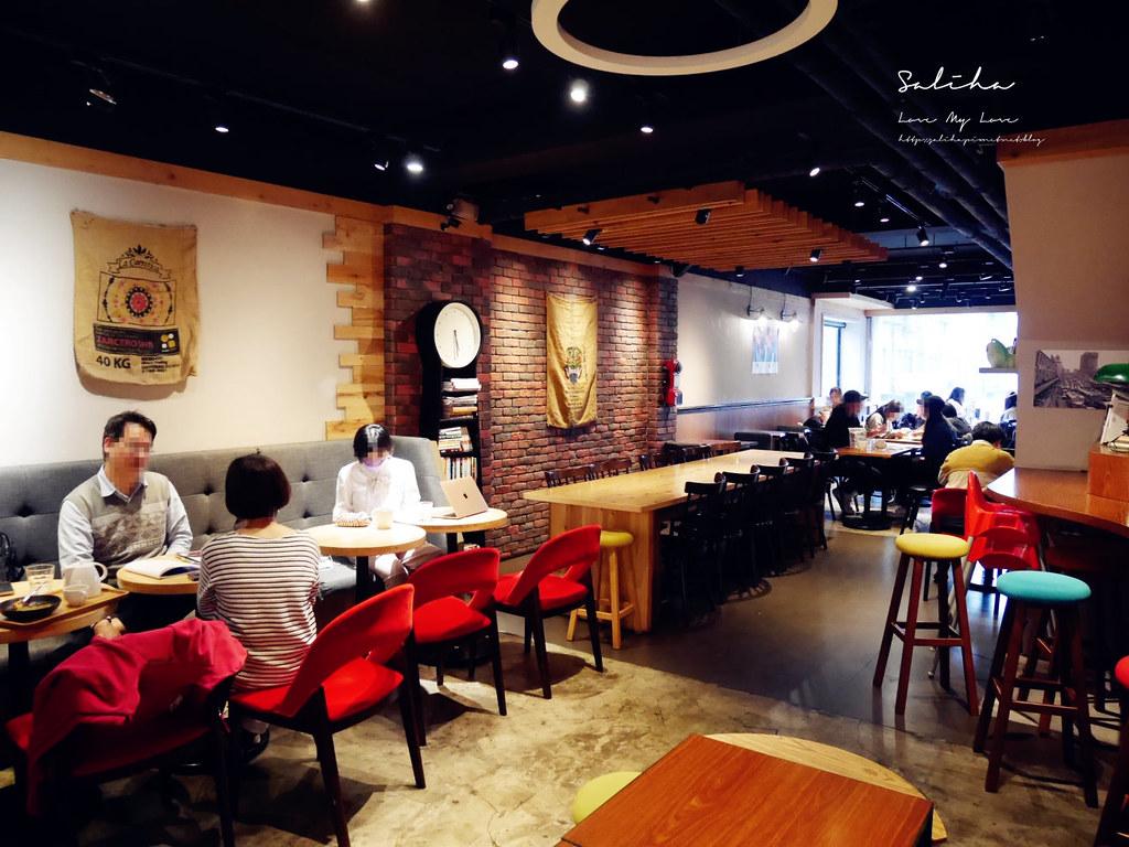 台北有插座咖啡廳RAYCA COFFEE中山站雙連站餐廳推薦可久坐早午餐適合聊天看書 (2)