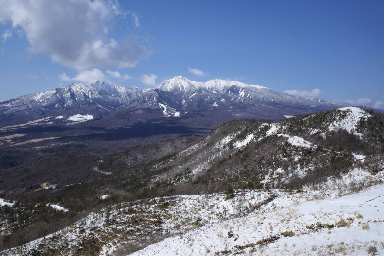 飯盛山山頂から眺める八ヶ岳