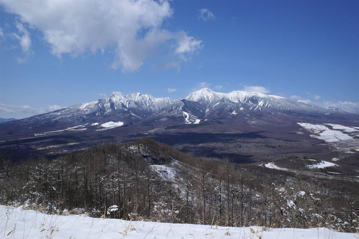 冬の平沢山山頂から眺める八ヶ岳