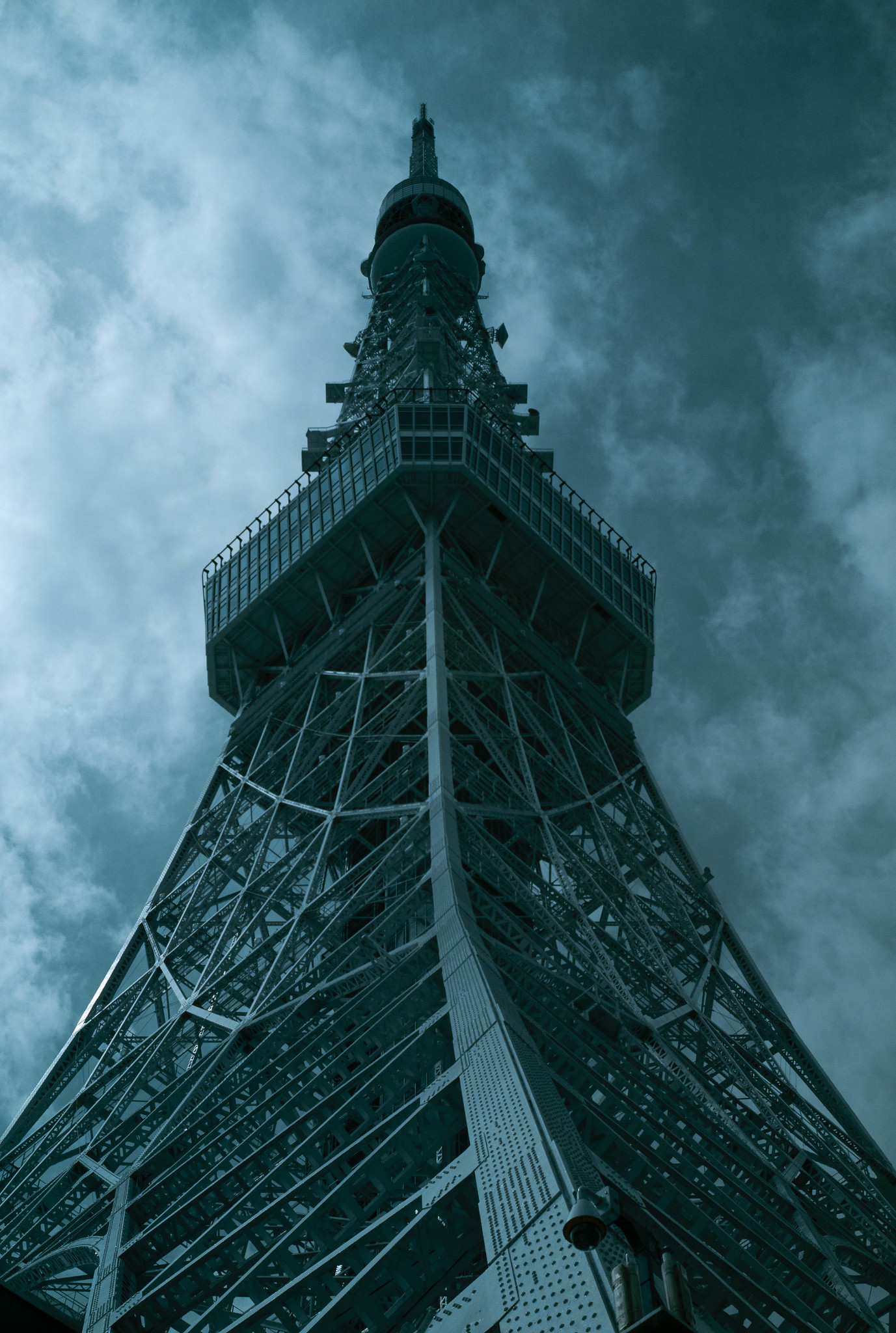Tokyo Tower(infrared photography)