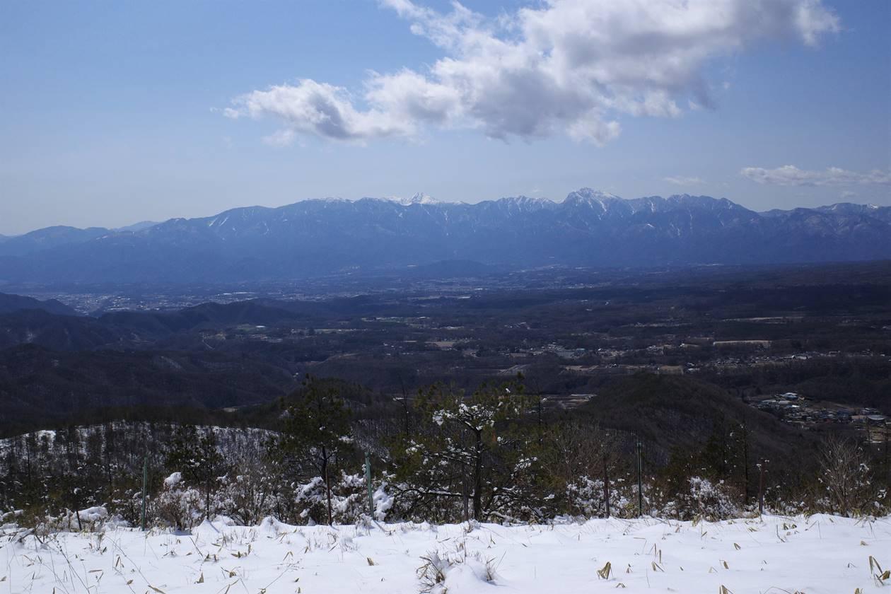 平沢山山頂から眺める南アルプス