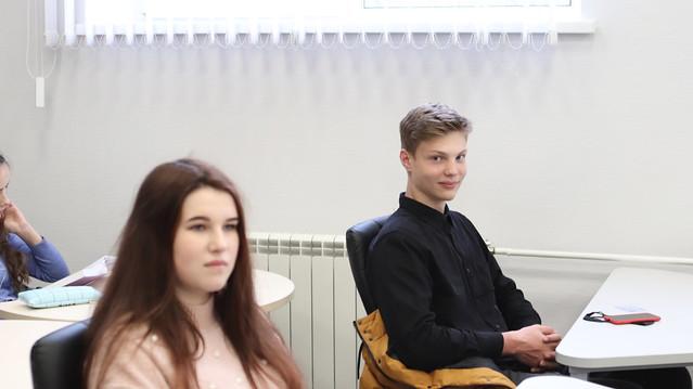 Майстер-клас з лідерства від випускника Університету та Коледжу — Євгенія Савельєва