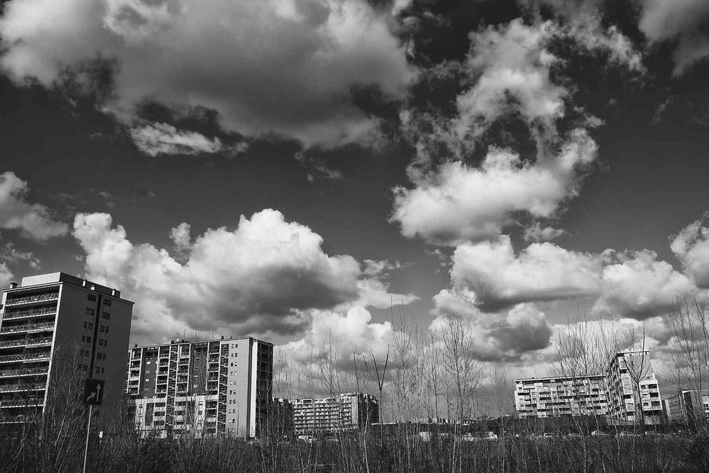 cielo e terra di periferia