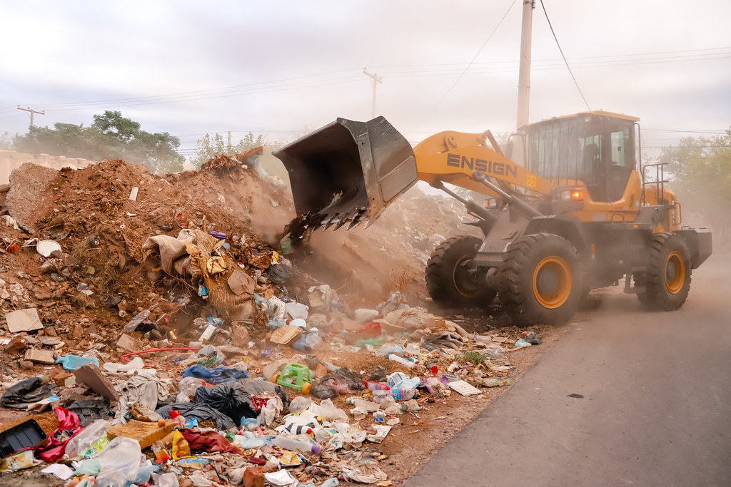 2021-03-22 Limpieza de baldío en Concepción