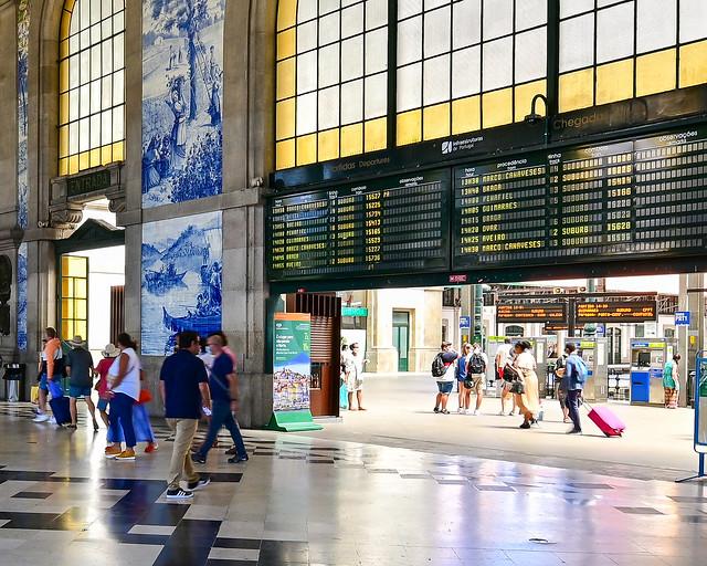 Estación de trenes de San Bento en Oporto