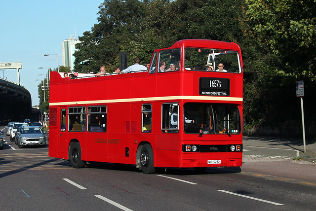 Route 657, Red Routemaster, T1100, NIB5232