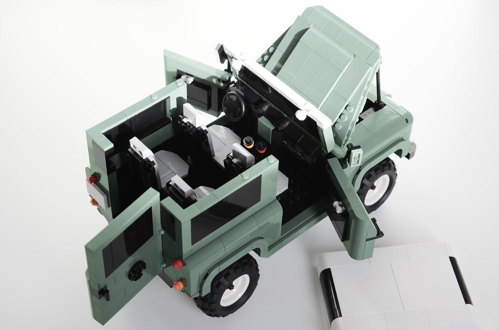 Land Rover Defender 90 Heritage