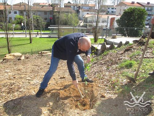 2021_03_22 - Quinta das Freiras - Plantação de 120 árvores (150)
