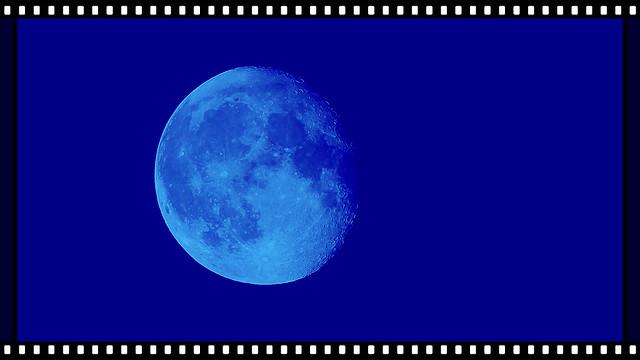 #002  - Canon SX60 HS -  - blue  Moon 2015, tonight - Canon PowerShot SX60 HS. 5.