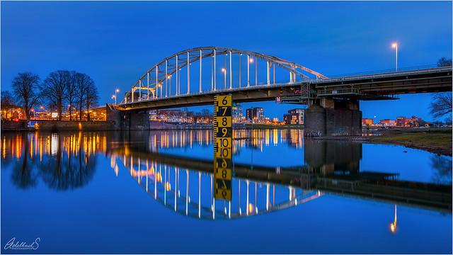 Wilhelmina Bridge Blues (explored)