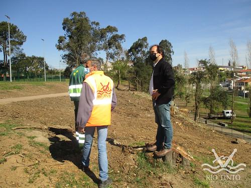 2021_03_22 - Quinta das Freiras - Plantação de 120 árvores (90)
