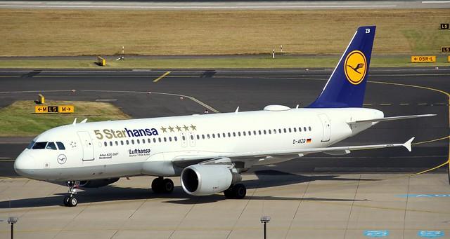 Lufthansa, D-AIZB,MSN 4120, Airbus A320-214, 09.07.2018,DUS-EDDL, Düsseldorf