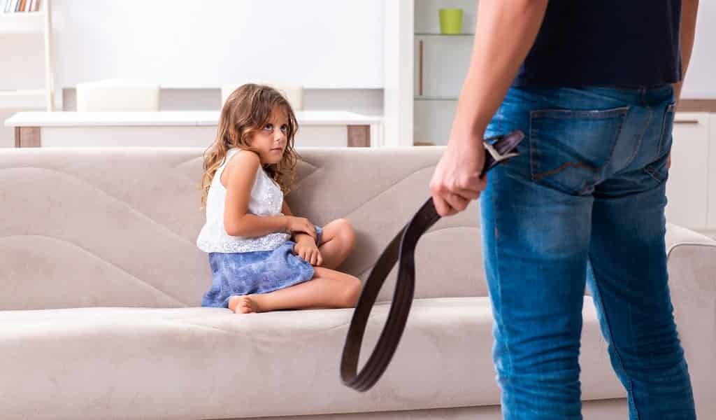 les-parents-sévères-affectent-la-taille-du-cerveau-des-enfants