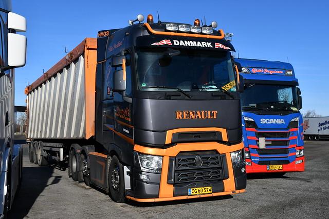 Renault T-Range - Hyltoft Transport Sønderbæk-Tjele - HY03 - DK  CG 60 574