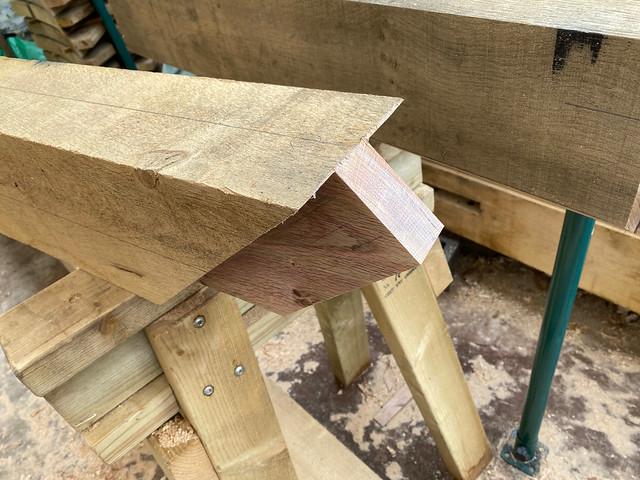 Top tenon of principal rafter