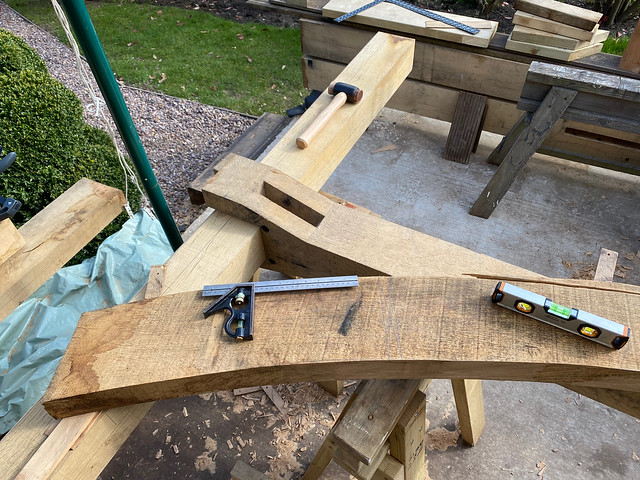 Laying up the first king post brace