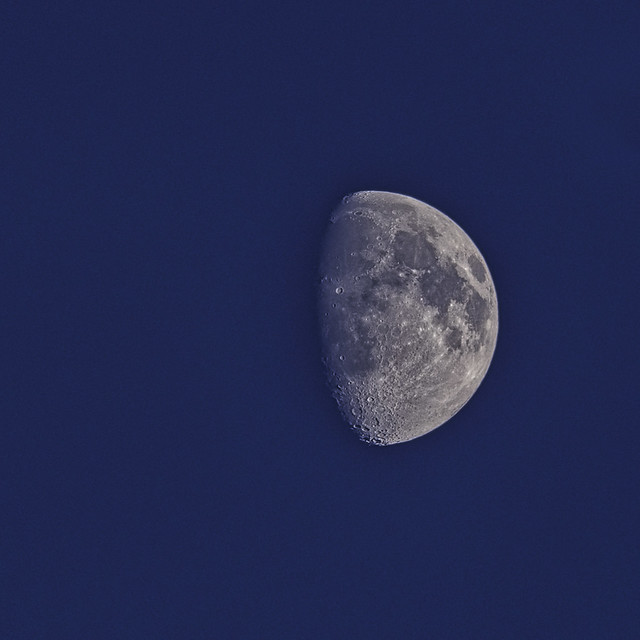 Moon 6.15pm this evening 23-3-2021.