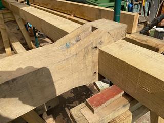Lowered ridge beam