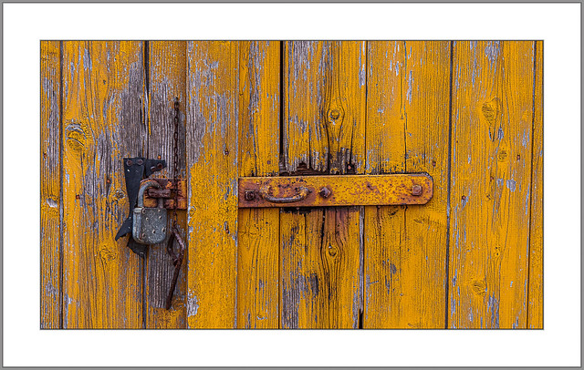 Farbe gegen Rost (Color against rust)