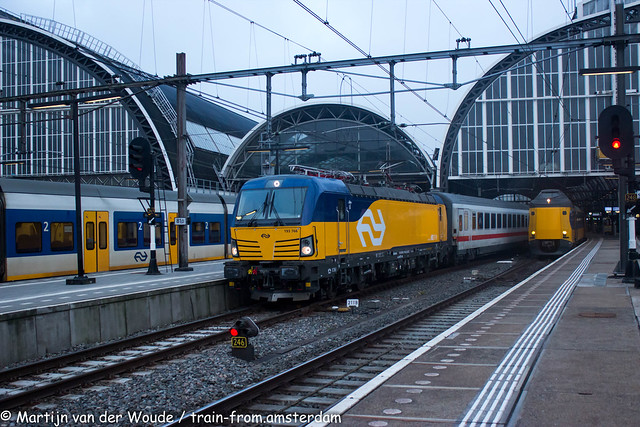 20210323_NL_Amsterdam_Centraal_NSI 193766 with IC 141 to Berlin