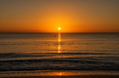 sunrise dawn daybreak florida usa fortlauderdale sea ocean water beach sun golden holiday vcation travel pentaxk3