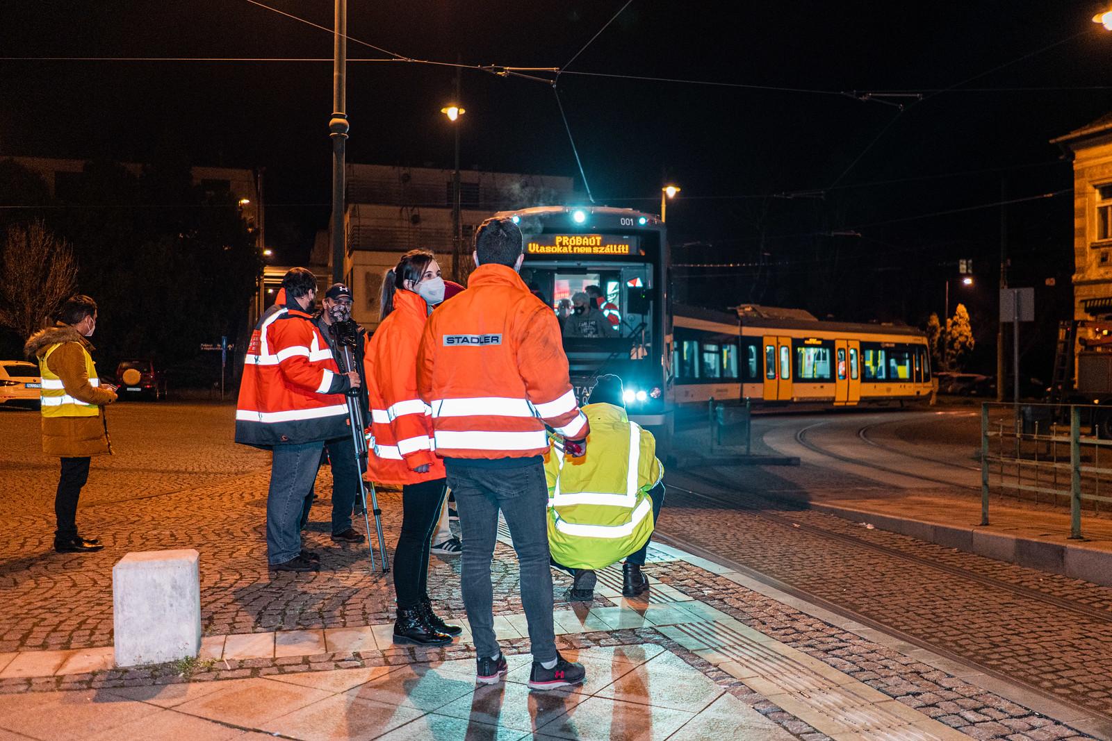 Három hónapot késik a tram-train átadása