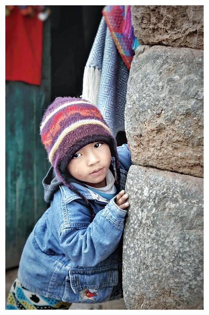 Niño en Chinchero