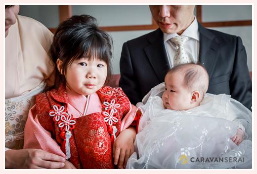 ホテルで100日祝い 赤ちゃんはベビードレス