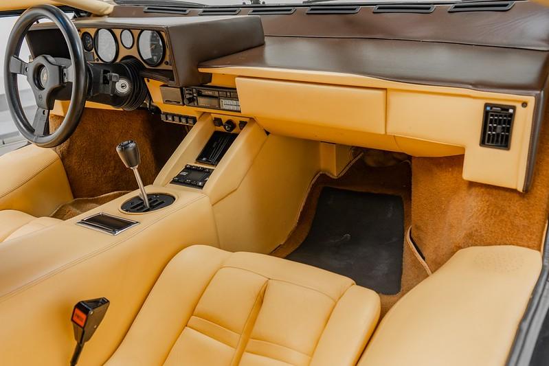 Lamborghini-Countach (11)