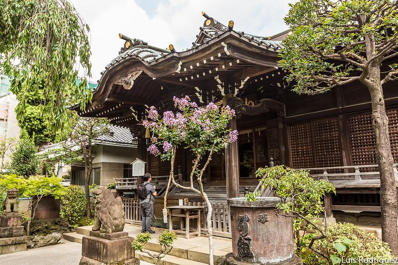Salón principal del santuario Hakusan