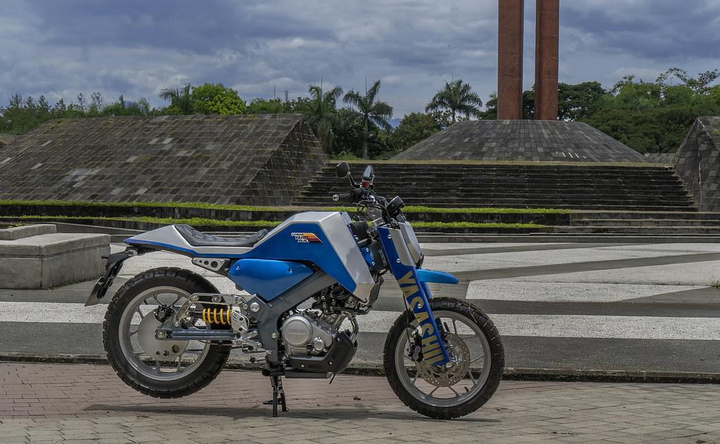 XSR 155 Futuristic Scrambler