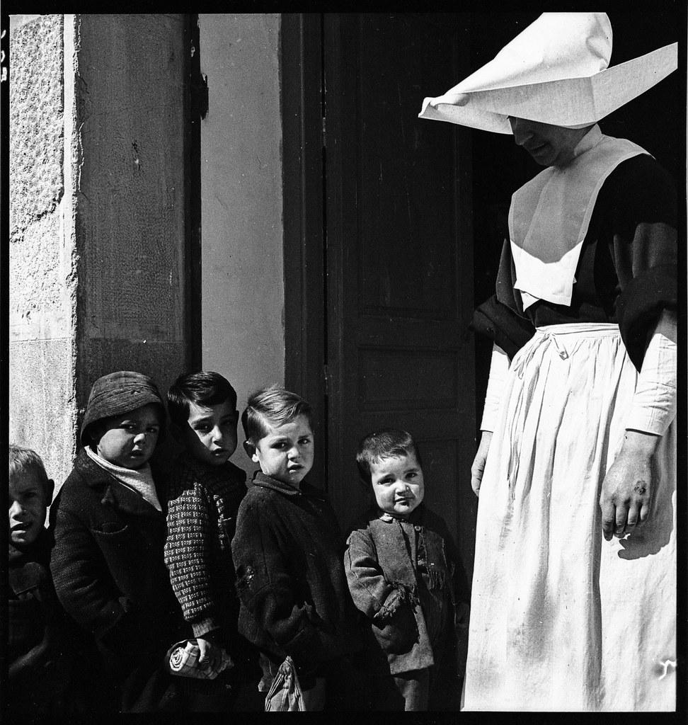 Auxilio Social en 1941. Fotografía de Thérèse Bonney © The Bancroft Library, University of California, Berkeley