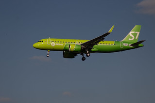 Airbus A320 F-WWDC S7 Airlines