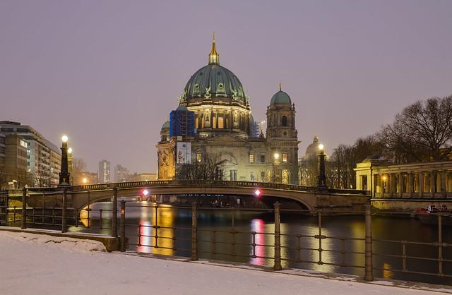 Berliner Dom und Friedrichsbrücke
