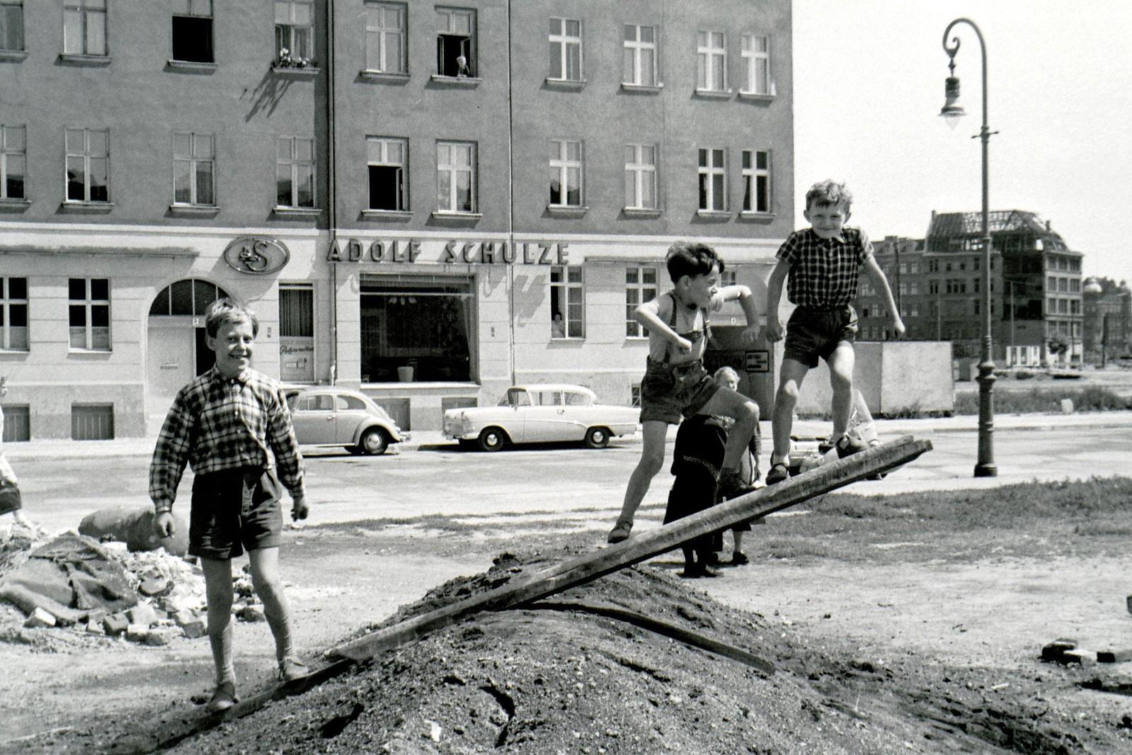 1958. Восточный Берлин. Вильгельмштрассе