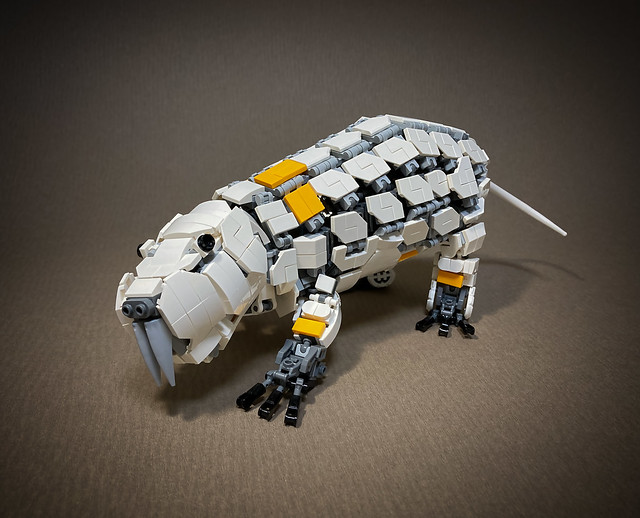 LEGO-Mecha-Heterocephalus-glaber_08