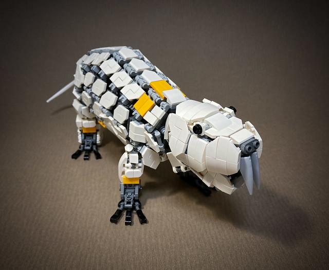 LEGO-Mecha-Heterocephalus-glaber_01