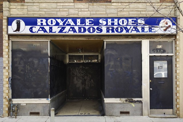 973 College Street • Royale Shoes • Calzados Royale