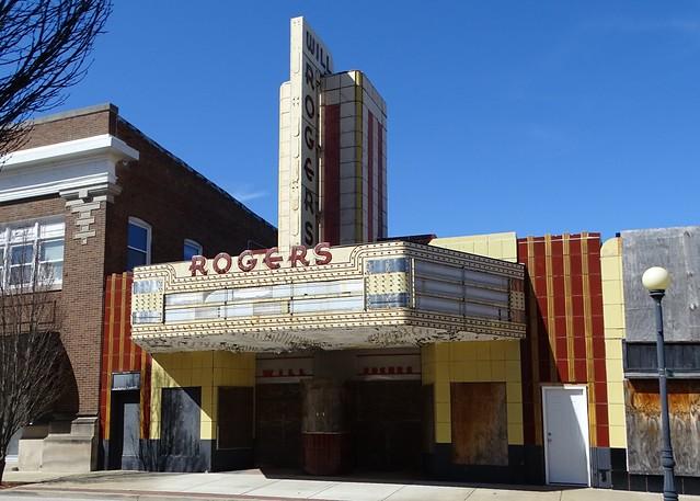 IL, Charleston-Will Rogers Theater