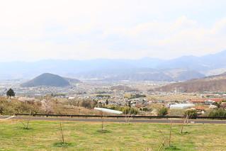 塩ノ山を見下ろす