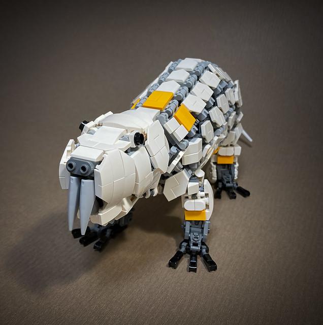 LEGO-Mecha-Heterocephalus-glaber_03