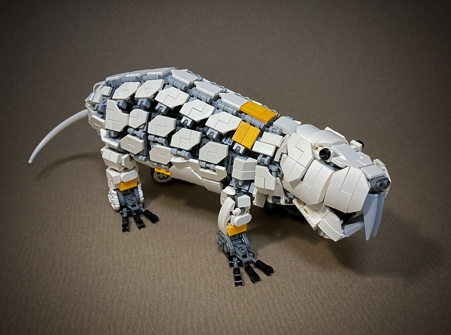 LEGO-Mecha-Heterocephalus-glaber_07