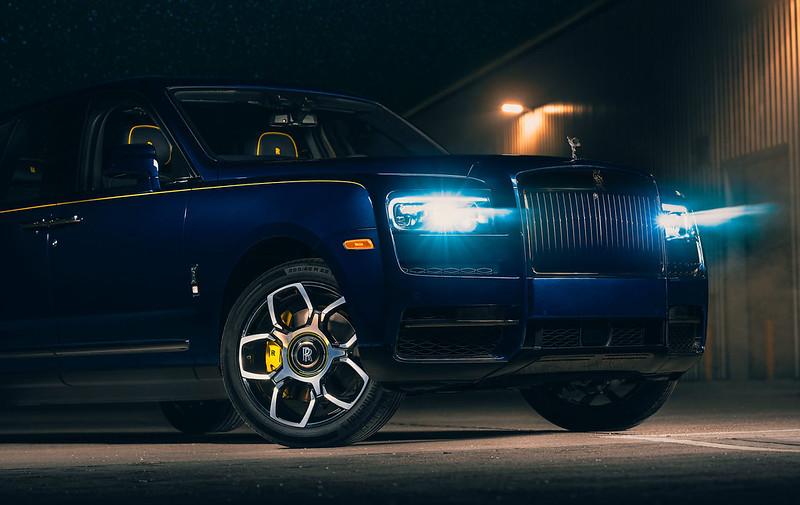 Rolls-Royce-Cullinan-Black-Badge-5