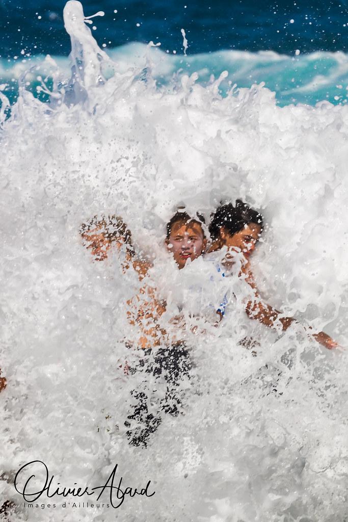 Surf-ME9A8981-M1s