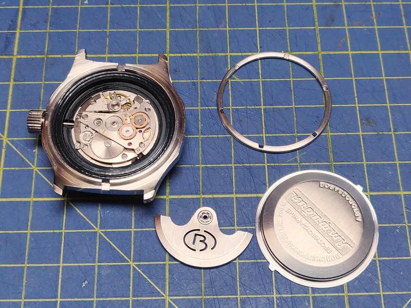 Montres, horlogerie et bidouilles 51074811473_4a4dfbb737_c