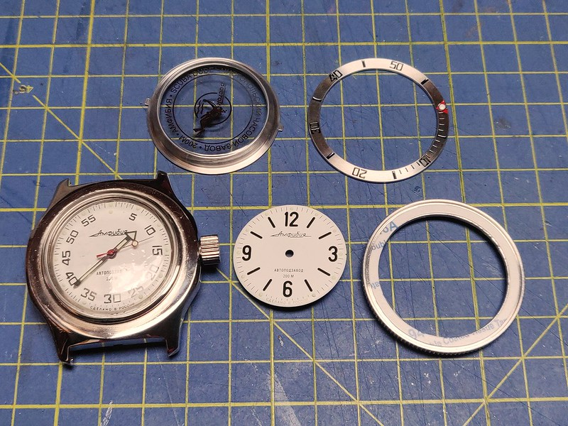 Montres, horlogerie et bidouilles 51074811998_05febff03a_c